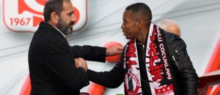 Robinho a semnat pentru un sezon şi jumătate cu Sivasspor