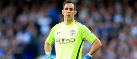 Manchester City l-a pierdut pe portarul chilian Claudio Bravo, accidentat