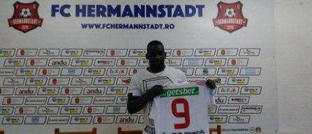 Congolezul Juvhel Tsoumou, primul jucător străin transferat de FC Hermannstadt