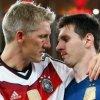 Bastian Schweinsteiger ii aduce un omagiu lui Uli Hoeness