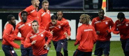 Pele s-a transferat la Olympiakos Pireu