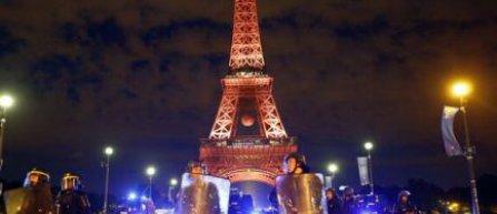 Turnul Eiffel inchis luni, dupa incidentele petrecute in noaptea finalei