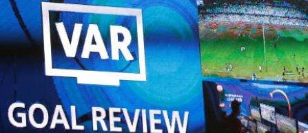 Şeful arbitrilor de la UEFA, Roberto Rosetti, susţine aplicarea cu moderaţie a sistemului VAR