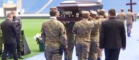 Fotbaliştii echipei U Craiova şi componenţi ai ''Generaţiei de Aur'' i-au adus un ultim omagiu lui Ilie Balaci