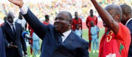 Presedintele Ali Bongo si rapperul Booba au dat startul Cupei Africii pe Natiuni 2017