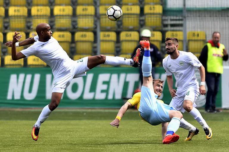Poze Concordia Chiajna - Juventus București