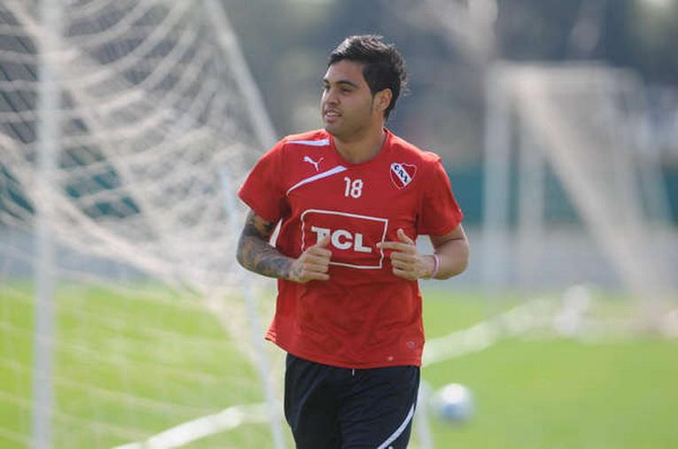 Julián Alberto VELÁZQUEZ