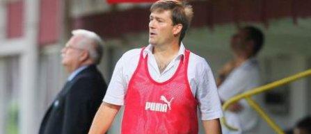 Gloria Bistrita s-a despartit de antrenorul Sandu Tabarca